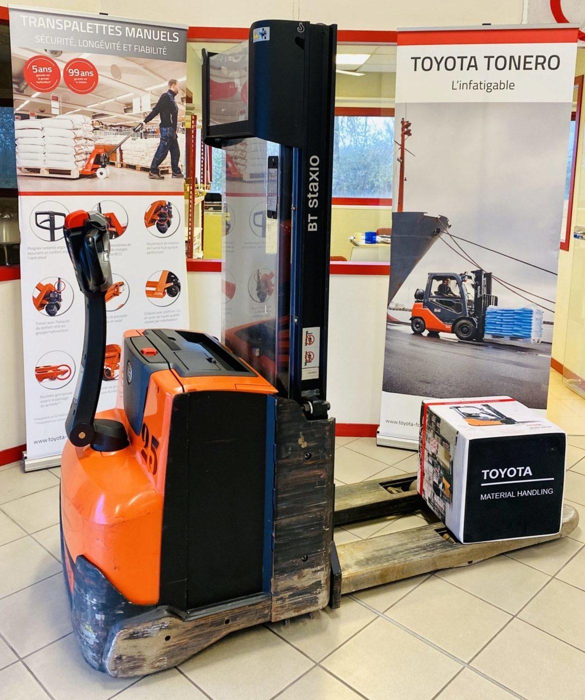 Gerbeur électrique Toyota BT SWE120L photo 1