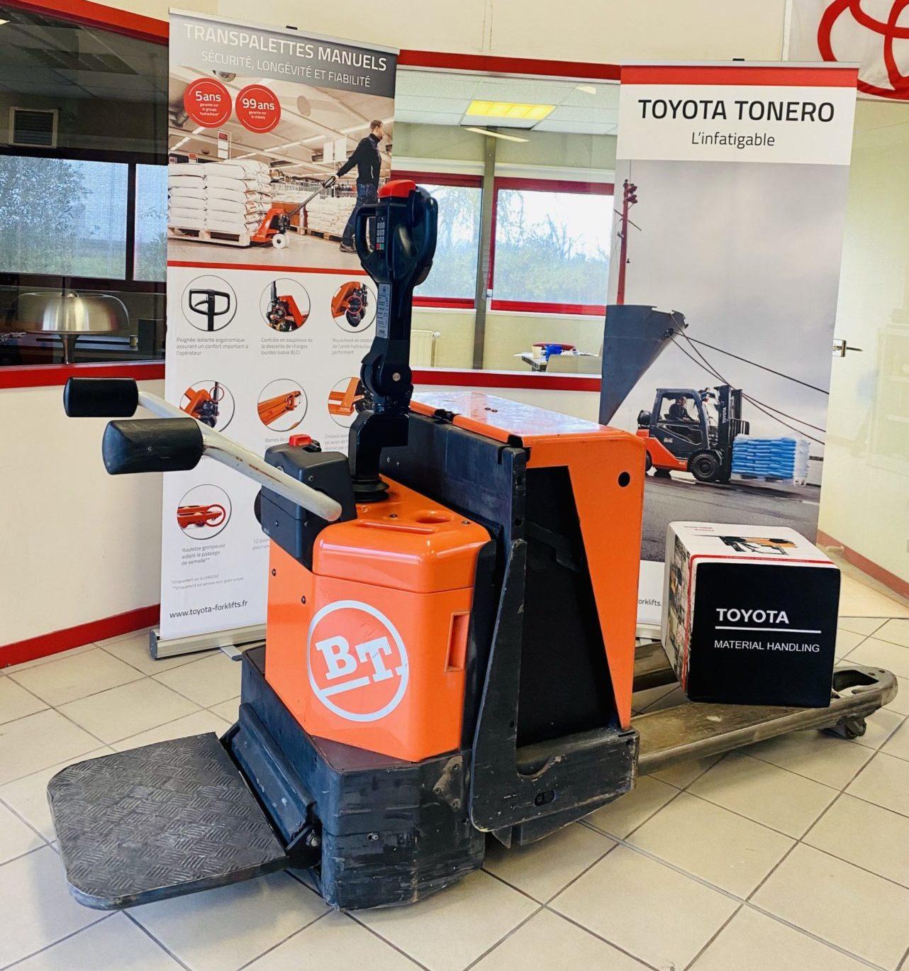 Transpalette électrique Toyota BT LPE 200 photo 1